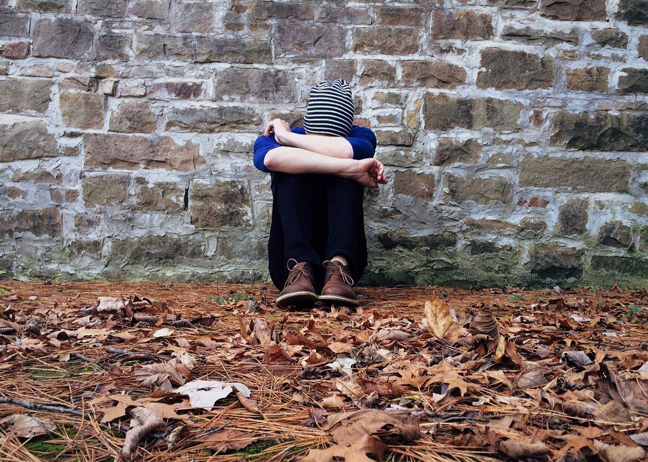lonely 1822414 1280 - Homesick (อาการคิดถึงบ้าน) อาการที่หลายคนต้องเจอเมื่อไปอยู่ต่างประเทศ