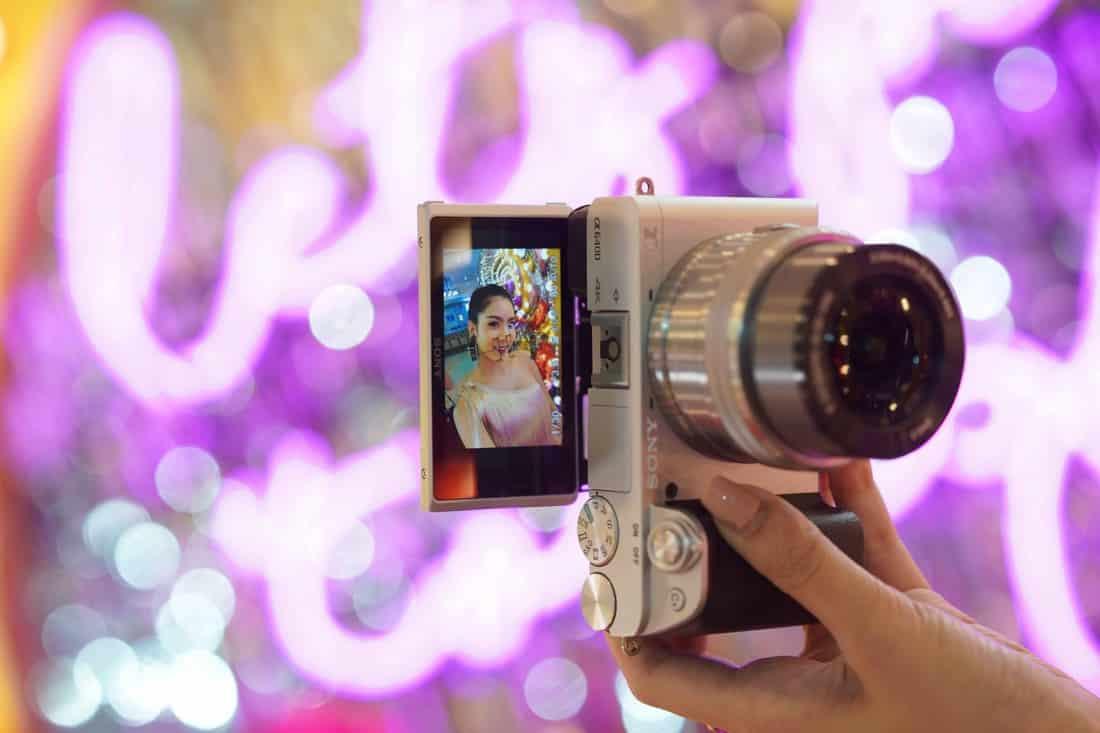 Pic SonyA6400 02 - Sony เปิดตัวกล้องอัลฟ่ามิเรอร์เลส α6400 (A6400) ราคาเริ่มต้น 32,990 บาท