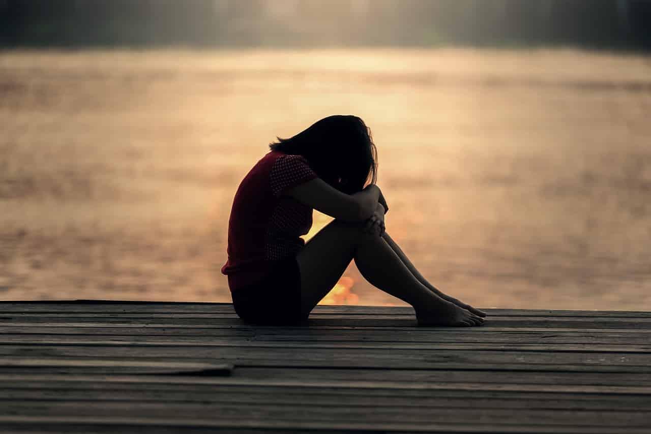 girl 1822702 1280 - ต้องรู้! คำที่ควรและไม่ควรพูดกับผู้ป่วยโรคซึมเศร้า