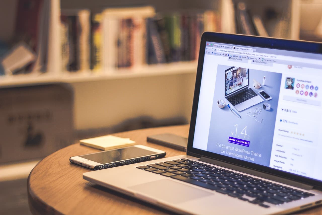 laptop 1160447 1280 - แม่ค้าออนไลน์ต้องรู้ ประกาศกฎหมายภาษี e-Payment ยอดเยอะอาจจะต้องโดนสรรพากรตรวจ