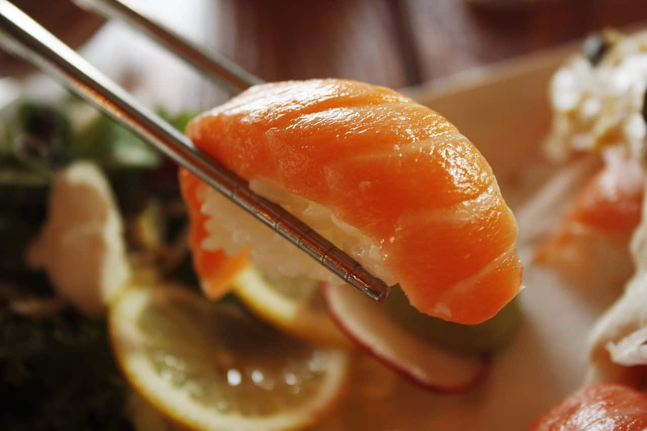 salmon 1353598 1280 - ประกอบธุรกิจร้านอาหารอย่างไรให้อยู่รอด มีกำไร ไม่เจ๊ง