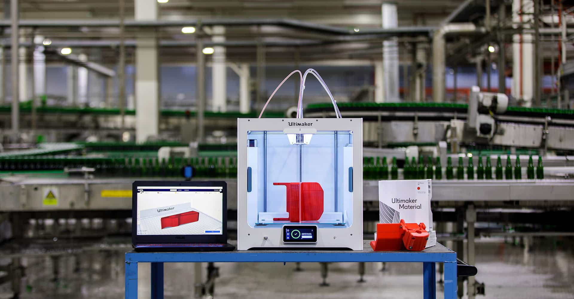 ultimaker-printer-in-heinekens-manufacturing-line