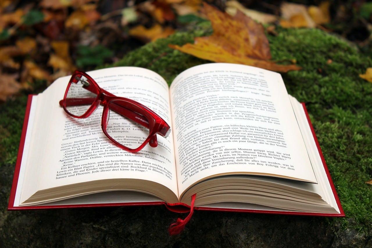 book 2875123 1280 - สูตรเด็ดเคล็ดไม่ลับ.. 4 ขั้นตอนจัดตารางอ่านหนังสือสอบให้ขึ้นใจ