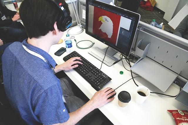 startup 593305 640 - บริการออกแบบภาพโฆษณา ออกแบบแบนเนอร์