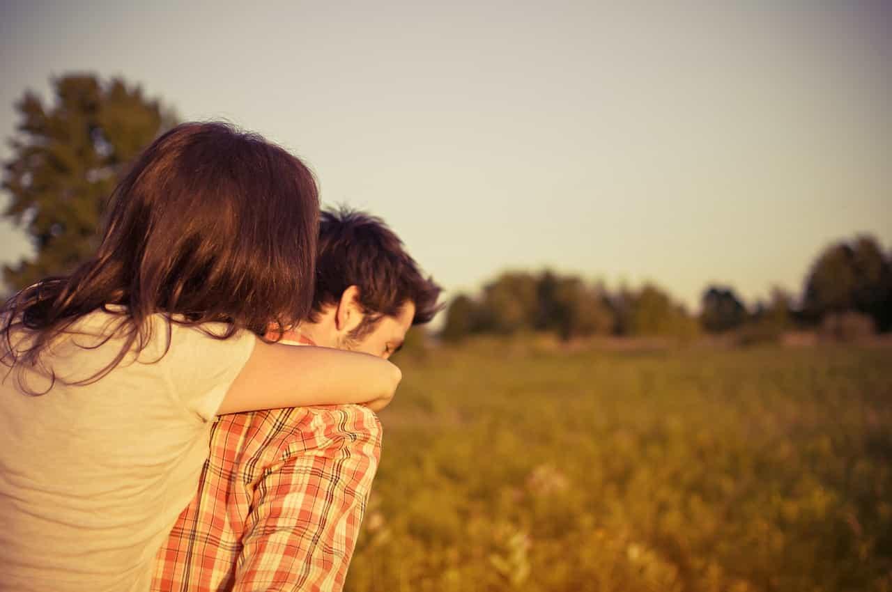 man 802062 1280 - เป็นวัยรุ่นไม่ง่าย! จะทำยังไงให้พ่อแม่ไม่ห้ามเรื่องความรัก ?