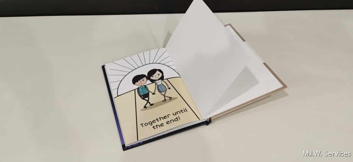 Book 00005 - ตัวอย่างงานพิมพ์หนังสือที่ระลึกวันครบรอบ (Happy 1 year anniversary)