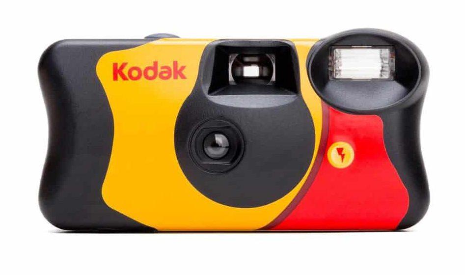 3. Kodak Power Flash  e1582273259578 - แนะนำ 4 กล้องฟิล์มใช้แล้วทิ้ง ซื้อง่าย ราคาไม่แพง ถ่ายรูปคล่อง