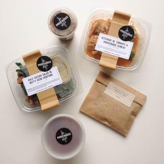 box sticker 00 - 10 ตัวอย่างงานออกแบบและสติ๊กเกอร์ติดกล่องอาหารสวย ๆ เห็นแล้วเกิดไอเดีย