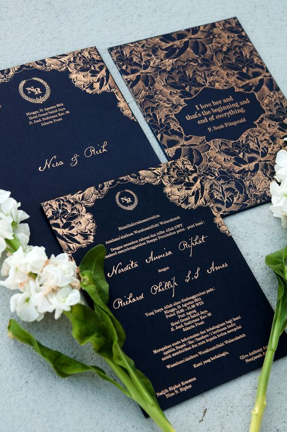 wedding card 04 - พาชม 10 ตัวอย่างการ์ดเชิญงานแต่ง ที่ออกแบบมาสวยหรู ดูไฮโซ
