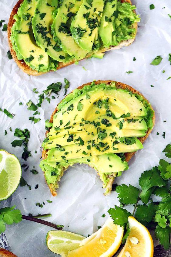 color g2 - รู้หรือไม่ ! ว่าสีสันของอาหารมีส่วนทำให้อาหารน่ากิน แล้วสีที่ทําให้หิว มีสีไหนบ้าง ?