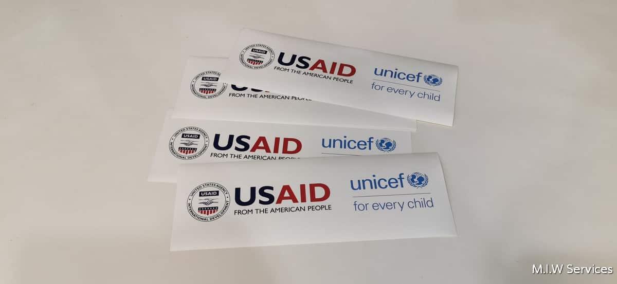 unicef 00002 - ตัวอย่างงานพิมพ์สติ๊กเกอร์ติดกล่อง unicef: USAID