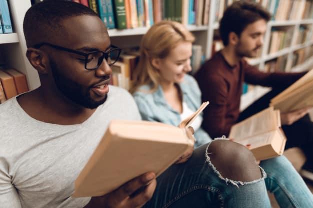 make yourself a book lover 03 - แนะนำเทคนิคทำอย่างไรให้ตัวเองเป็นคนชอบอ่านหนังสือ