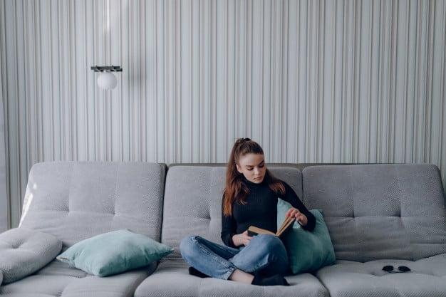 make yourself a book lover 04 - แนะนำเทคนิคทำอย่างไรให้ตัวเองเป็นคนชอบอ่านหนังสือ