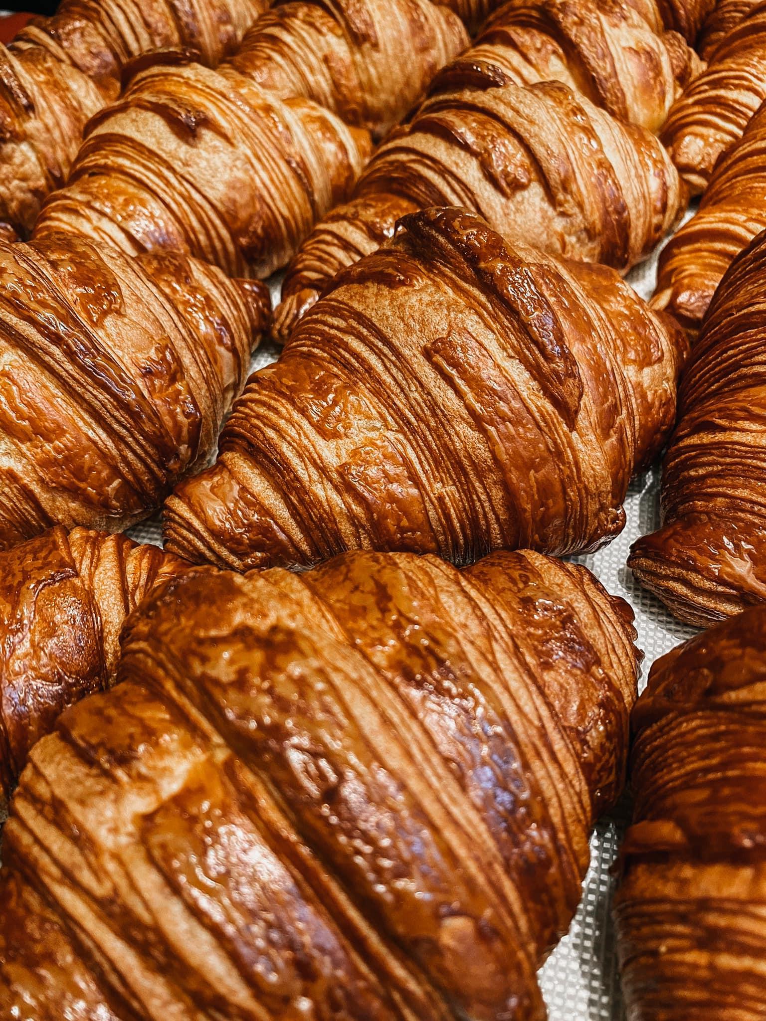 Croissant 2 - แนะนำ 7 ร้านครัวซองต์ กรอบนอกนุ่มใน อร่อยทุกคำที่สัมผัส