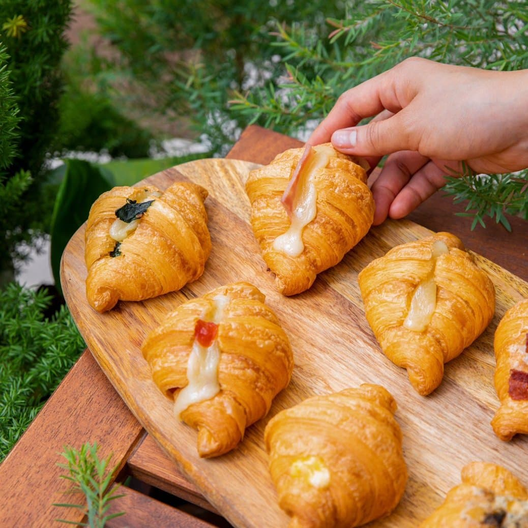 Croissant 4 1 - แนะนำ 7 ร้านครัวซองต์ กรอบนอกนุ่มใน อร่อยทุกคำที่สัมผัส