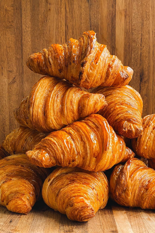 Croissant 5 - แนะนำ 7 ร้านครัวซองต์ กรอบนอกนุ่มใน อร่อยทุกคำที่สัมผัส