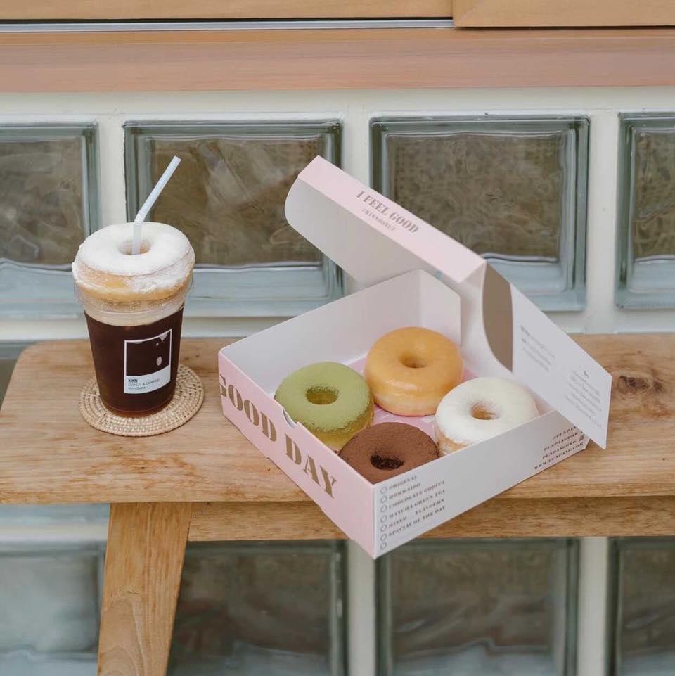 donut 01 - แนะนำ 7 ร้านโดนัทแสนอร่อย แป้งนุ่ม หน้าล้น ที่ไม่ควรพลาด